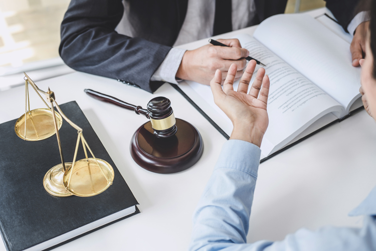 Steps to follow after getting a legal notice
